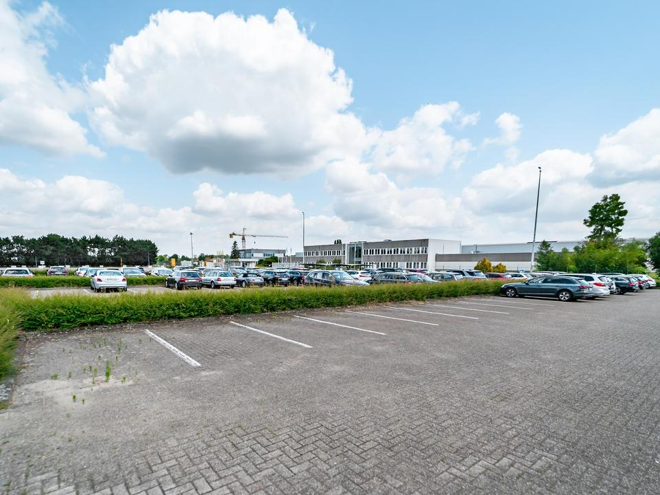 Warehouse to let in Kontich